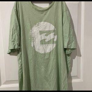 Very oversized billabong matcha green t-shirt